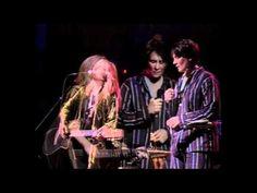 ▶ Melissa Ethridge & KD Lang - You Can Sleep - The Beat Goes On - 1994 - YouTube
