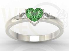 Pierścionek z białego złota z zielonym topazem i diamentami / Ring made from white gold with green topaz and diamonds / 1 756 PLN / #jewellery #ring #love #gitfidea #inspration #diamonds #topaz
