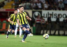 Alanyaspor 1-4 FB Giuliano'nun penaltı vuruşu.