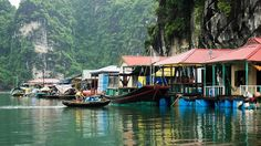 Family tours in Halong Bay - relaxing holiday in Vietnam