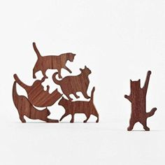 COMMA Wooden Cat Pile - Set #1 (Pink Threaded Pouch, 6 Kittens)