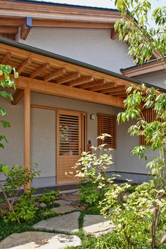 House of Nagahama by Takashi Okuno