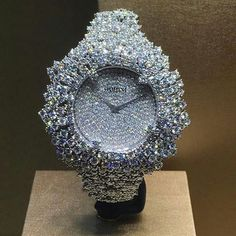 See luxury watches. Patek Phillippe, Hublot, Rolex and much more. Cool Watches, Watches For Men, Cheap Watches, Cute Jewelry, Jewelry Accessories, Jewelry Sets, Swiss Army Watches, Expensive Jewelry, Beautiful Watches
