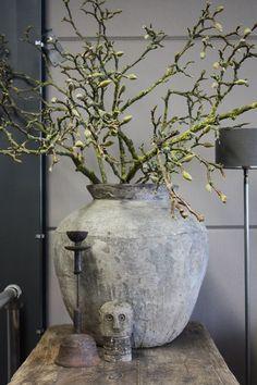 """""""Дуб и Весна"""" - керамика, дерево."""