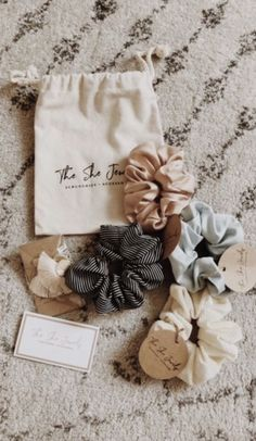 The cutest scrunchies out there. from The She Jewels! accessories The She Jewels Scrunchies Sell Diy, Make And Sell, Accesorios Casual, Sewing Projects For Beginners, Cute Diy Projects, Backyard Projects, Pallet Projects, Hair Ties, Diy Hairstyles