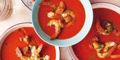 Rokerige paprikasoep met dronken garnalen Soups And Stews, Thai Red Curry, Salad Recipes, Side Dishes, Salads, Dinner Recipes, Meat, Chicken, Cooking