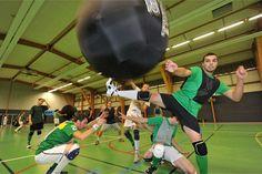 Le #kinball : un sport qui nous vient de nos amis canadiens et qui se joue avec 1 ballon d'1m20 de diamètre !