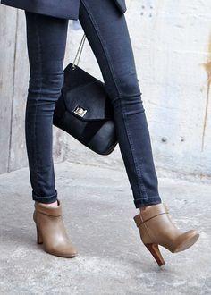 Sézane / Morgane Sézalory - Arizona boots #sezane #arizona www.sezane.com/fr #frenchbrand #boots