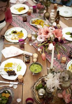 Bohemian inspired table decor for Summer Parties