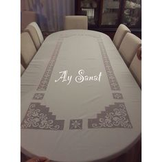 Hand Embroidery, Embroidery Designs, Drawn Thread, Crochet Tablecloth, Hand Art, Bargello, Diy And Crafts, Style Inspiration, Sewing