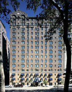 One of the best hotels in NYC - The Excelsior! LOVED staying here and only a block from Central Park West & right across from the American Museum of Natural History :)