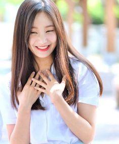MOMOLANDヨヌの性格は悪い?ツウィ似の小悪魔系美女! | 韓流diary
