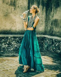 Rumba Singlet Tier Long Dress & Multi layered Mona Isla Necklace by Erika Peña Casual Dresses, Short Dresses, Summer Dresses, Formal Dresses, Bali Fashion, Boho Dress, Dress Ootd, Necklines For Dresses, Effortless Chic