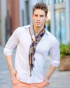 Men's Pastel fashion!  Model : @blanchettebll  Stylist : @anilrana0618  #vsco #vscocam #fashion #editorial #male #malemodel #photographer #fitness #gq #style #houston #dallas #fashionphotographer #modelling #menfashion #sunset @zaraman_worldwide #newyorkcity #nikon #love #nikonusa #portriat #men #menswear #retouching #beard #fall  #menstyle #fitnessmodel #pastel #pageparkescorp @pageparkescorp