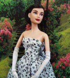 Audrey Hepburn barbie!!!!!!