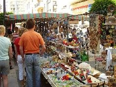 Mercado en el municipio de Inca, en Mallorca, en las Islas Baleares.