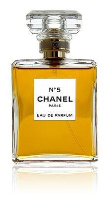 05/05/1921 : Coco Chanel lance son Nº 5 de Chanel.