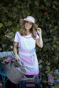 Vintage gardens apron. Stay chic while you gardening!