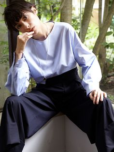 【ELLE】太田莉菜がフレッシュに着こなす、新ブランド「フルイド」に注目|エル・オンライン