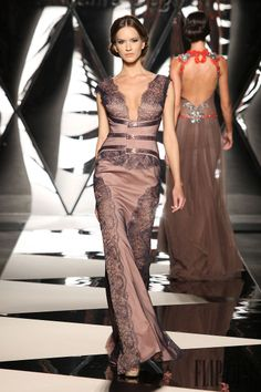 Mireille Dagher Fall-winter 2013-2014 - Couture - http://www.flip-zone.net/fashion/couture-1/independant-designers/mireille-dagher-4024