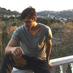 ekin mert Beautiful Green Eyes, Turkish Women Beautiful, Turkish Beauty, Turkish Actors, Handsome Boys, Hot Guys, Celebrities, People, Mens Tops