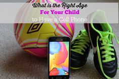 When Is Your Child Ready to Have Their Own Cell Phone - Sea of Savings  #ChangingPrepaid #Ad