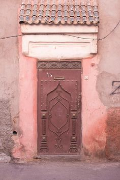 MARRAKECH DOORS, red, pink stucco