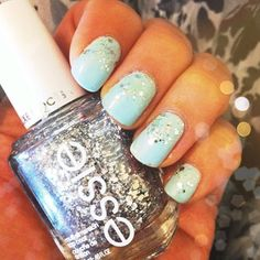 What's an #armparty without a minty fresh #manicure?? #glitter #oliveandpiper