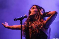 Nika Roza Danilova, cantante de Zola Jesus, BIME festival, Barakaldo, 30/10/2015. Foto por Dena Flows  http://denaflows.com/galerias-de-fotos-de-conciertos/z/zola-jesus/