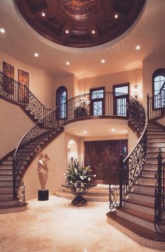 Twin staircase design is a classic that never fails in the grand Mediterranean…