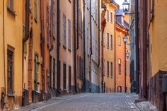 Street in Stockholm Old Town - Fototapeten & Tapeten - Photowall