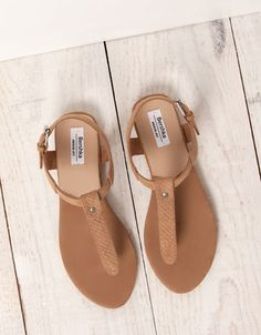 BSK basic sandals - Shoes - Bershka Switzerland