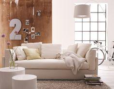 Ein himmlisches Sofa mit wolkenweichen Polsterkissen. Der ideale Platz für erholsame Stunden.