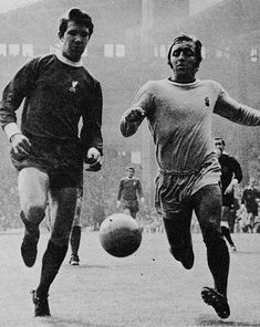 September Liverpool right back Chris Lawler winning a foot race with Coventry City inside forward Ernie Hunt, at Anfield. Liverpool Legends, Liverpool Fc, Coventry City Fc, Blues, Racing, Football, Memories, Retro, September