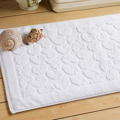 Sometimes small things have a huge impact. Bath mats also one of those things. In this article, beautiful bath mats with you. We have put together the best examples. They are manufactured specifically for wet areas. You can beautify your bathroom with decorative bath mats.
