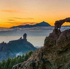 Roque Nublo con el padre Teide al fondo. #CanaryIslands