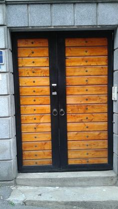 Door South Korea Beauty, Lockers, Locker Storage, Garage Doors, Cabinet, Outdoor Decor, Furniture, Home Decor, Clothes Stand