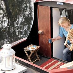 London houseboat-feautred on IKEA living