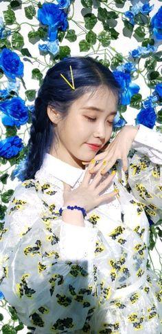 Iu Moon Lovers, Bts Concept Photo, Pretty Korean Girls, Pretty Females, Aesthetic People, Iu Fashion, Blackpink Photos, Beautiful Girl Image, Just Girl Things
