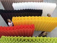 Pipe & Drop, paper partition by Procédés Chenel Office Screens, Polycarbonate Panels, Space Dividers, Paper Architecture, Home Decoracion, Paper Light, Co Working, Porch Decorating, Decoration