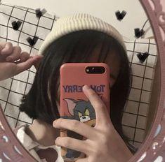 Ulzzang Short Hair, Ulzzang Korean Girl, Cute Korean Girl, Asian Girl, Aesthetic Women, Aesthetic People, Korean Aesthetic, Aesthetic Girl, Girl Photo Poses