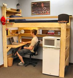 Dorm Life College Living - Dorm Room Can purchase a loft bed here College Loft Beds, College Dorm Rooms, Guy Dorm Rooms, College Math, College Life, College Students, Small Rooms, Small Spaces, Small Apartments