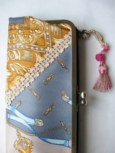Vintage scarf Clutch  / no,004 - Akane Ichikawa
