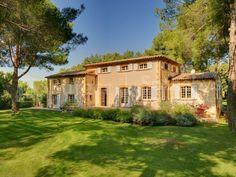 Aix-en-Provence ---Provencal Style Bastide