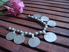 Collar monedas kuchi, moneda, cuero, etnico