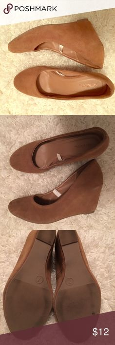 Ladies Camel Faux Suede Wedges❤️️ Great preowned condition except one little spot as seen in last pic. It really isn't noticeable while wearing. Merona Shoes Wedges