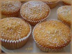 Petits gâteau avec des blancs d'œufs