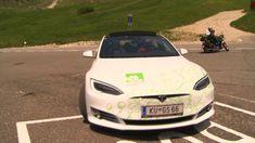 Das Naturhotel in Südtirol mit Elektroauto in die Dolomiten - YouTube