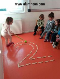 Bild kindererziehung aluno on aluno bild kindererziehung mathe how to set up the science center in your early childhood classroom Gross Motor Activities, Montessori Activities, Classroom Activities, Toddler Activities, Learning Activities, Preschool Activities, Kids Learning, Babysitting Activities, Learning Styles