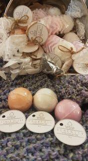 Local Calgary artisan made bath balls containing high grade essential oils. For each bath ball ingredients please see photos provided. Approx 5cm dia each.